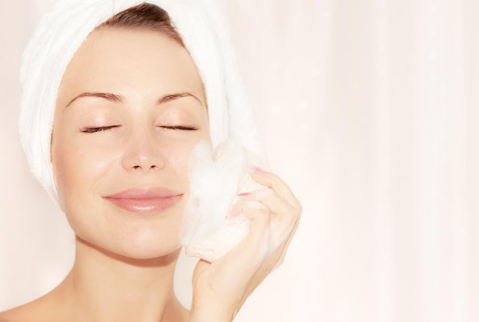 Гель для умывания для проблемной кожи: уход (крем) для жирной и комбинированной