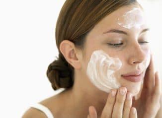 крема для жирной кожи лица список лучших
